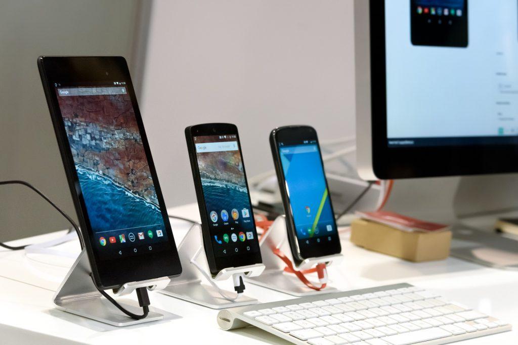 Dwie dekady rozwoju telefonów komórkowych